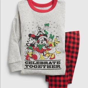 NWT Baby Gap x Disney Christmas pj set